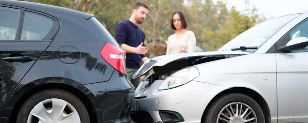 Exchanging Insurance at Auto Accident
